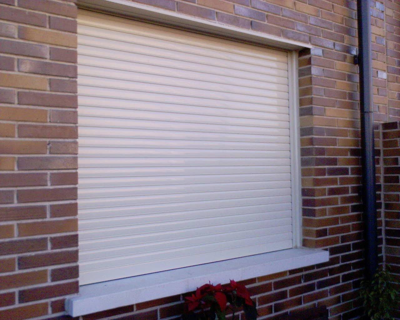 Como arreglar las persianas encalladas y caidas persianas - Arreglar una persiana ...